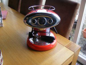 Kringloopwinkel 2Switch Raalte koffiemachine