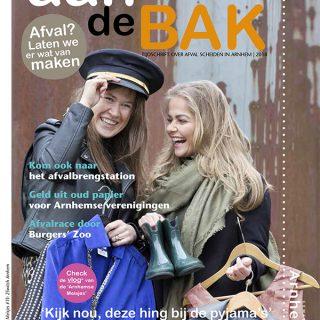 Textielinzameling 2Switch uitgelicht in gratis magazine 'Aan de bak' van de gemeente Arnhem.